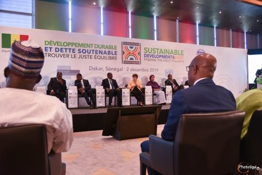 Developpement-durable-en-afrique-dette-soutenable01
